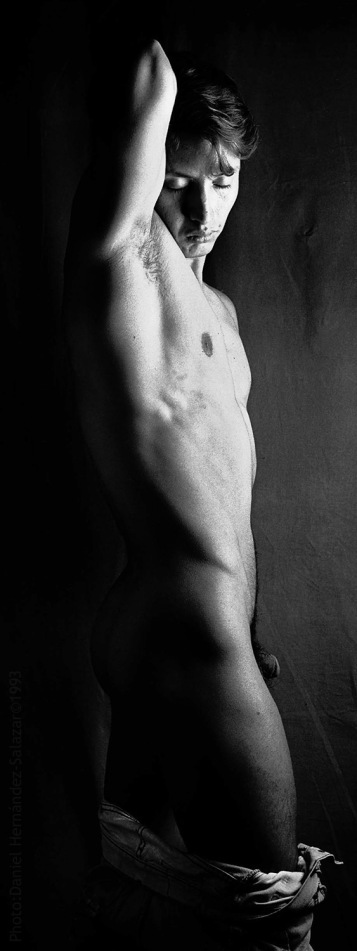 """Frank"" © 1993 Daniel Hern·ndez-Salazar"